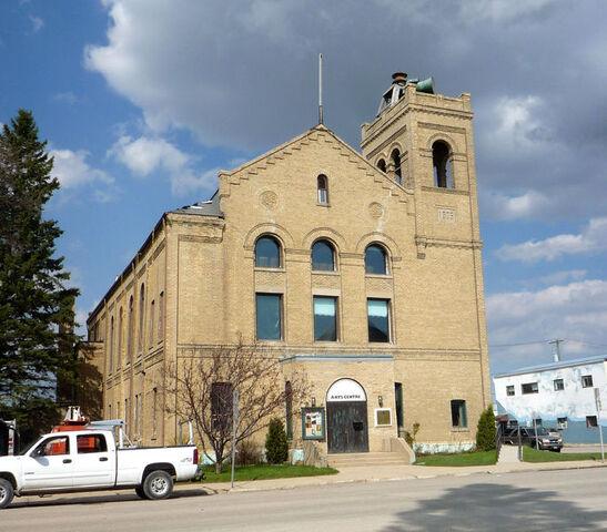File:Dauphin, Manitoba.jpg