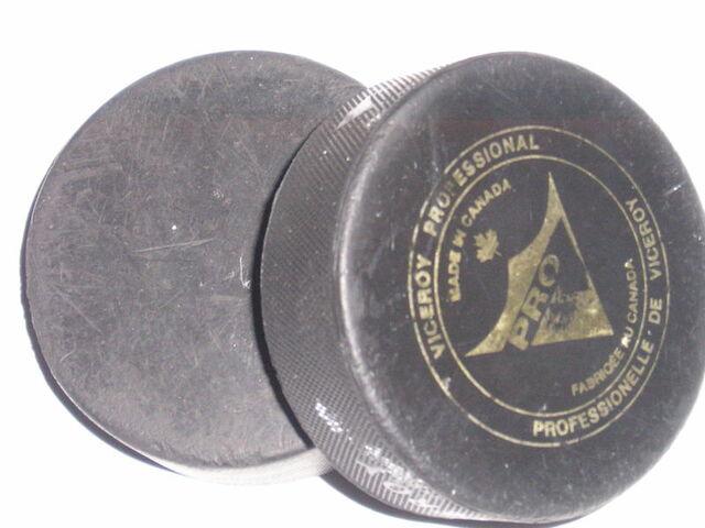 File:2hockeypucks.jpg