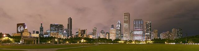File:Chicago Grant Park night pano.jpg