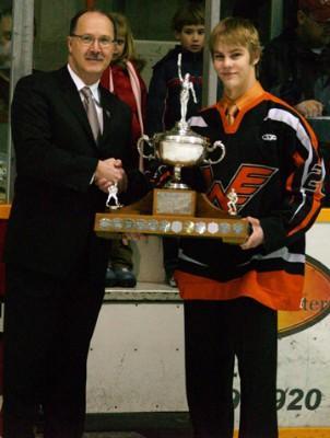 File:Aaron Lewadniuk Vince Leah Memorial Trophy.jpg