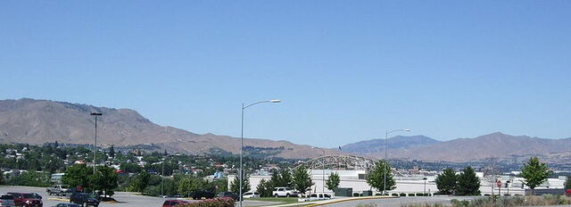 File:Wenatchee, Washington.jpg