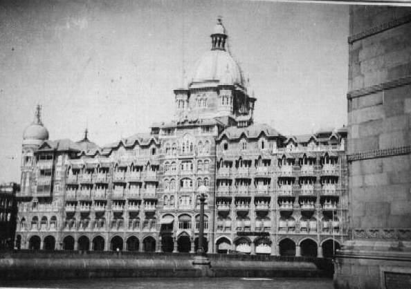 File:Do99-Taj-Mumbai.jpg