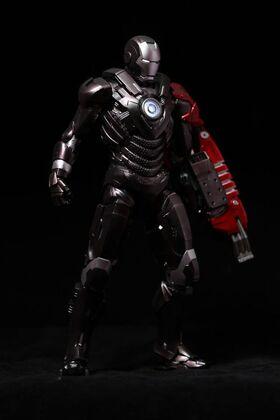 自改-Hottoys-Iron-Man-Mark-29-Fiddler-玩具點評!1-600x900