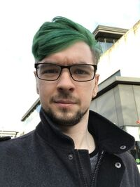 Jack darkgreen hair