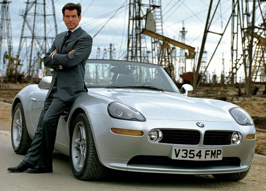 BMW Z8 | James Bond Wi...