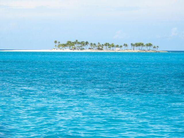 File:51 Gilligan s Island Bahamas reg.jpeg