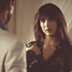 Bond confronts Elektra at the top of the tower.