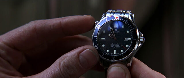 File:GoldenEye - Seamaster wristwatch (1).jpg