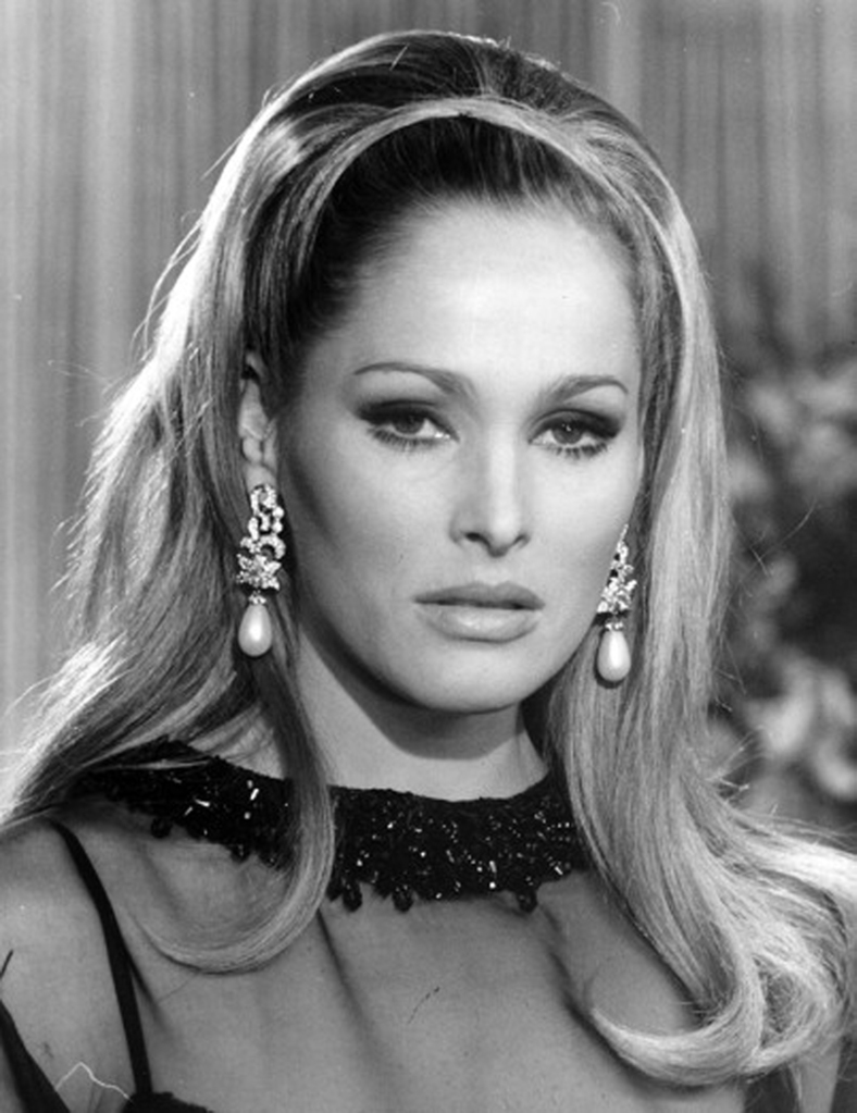 ursula andress 2015