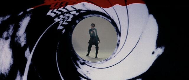 File:The Living Daylights - Gun Barrel.jpg