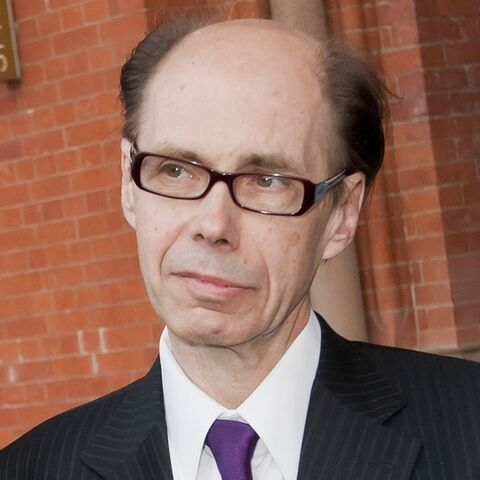 File:Jeffery Deaver - Profile.jpg