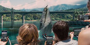 Jurassic-World-Trailer-Audience-Water
