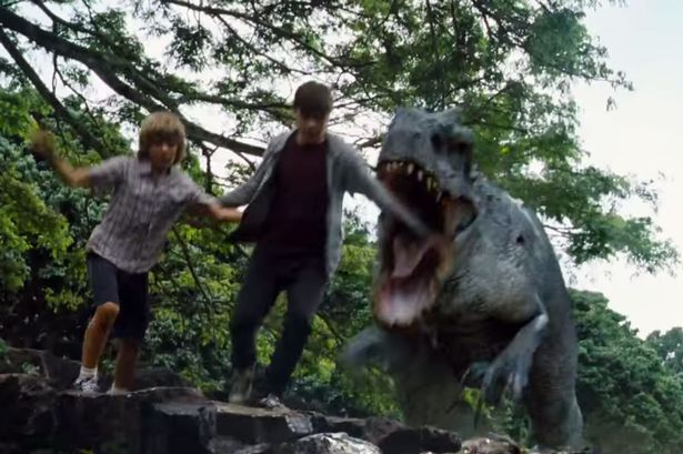 File:Jurassic-world-2.jpg