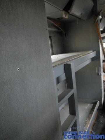 File:RV sleeping quarters.jpg