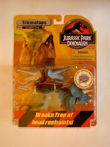 File:Triceratops JPdinos.jpg