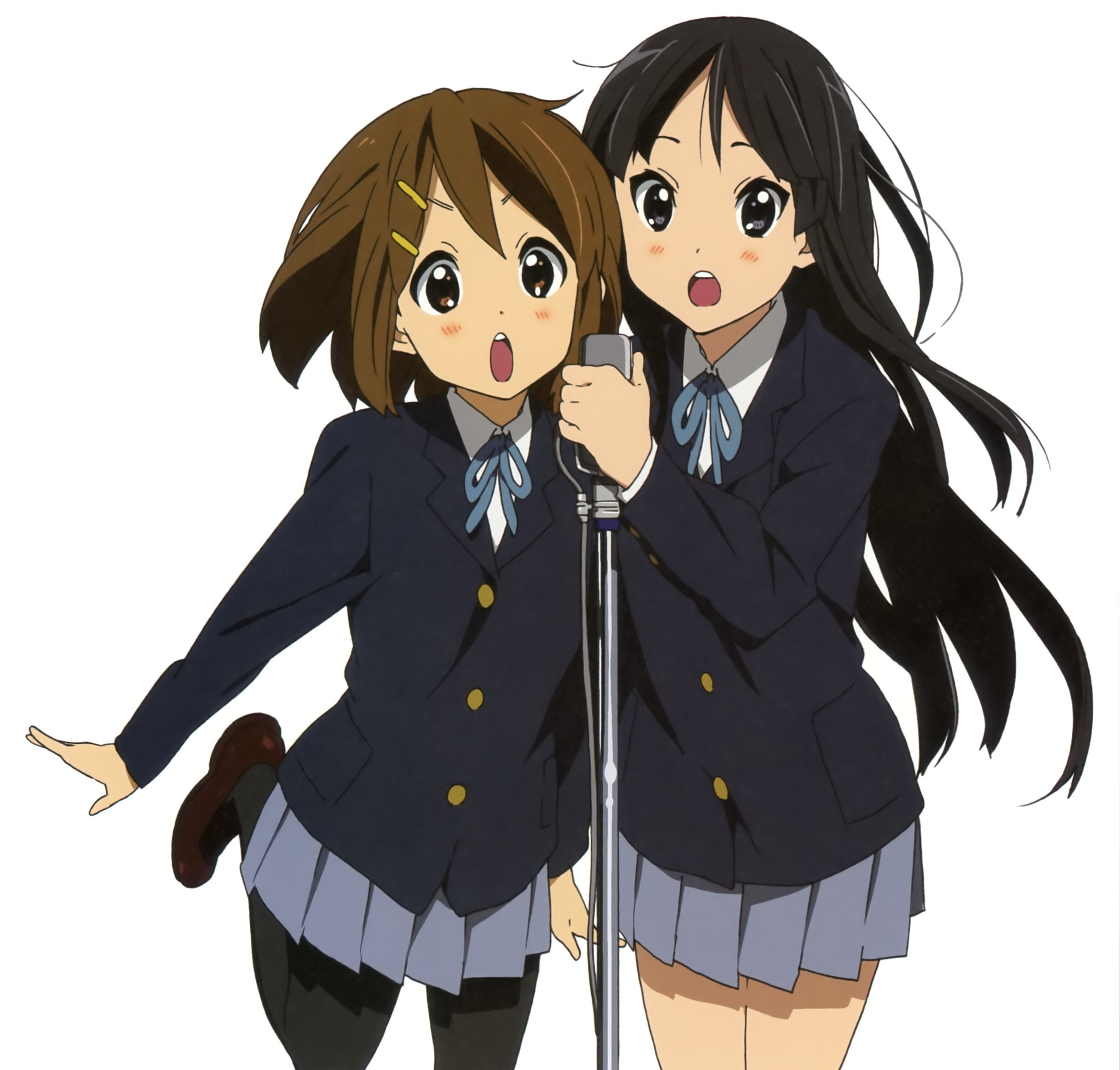 Mio and Yui singing  K On Mio Barnacles