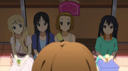 Reaction to yui's statement that they can go anywhere