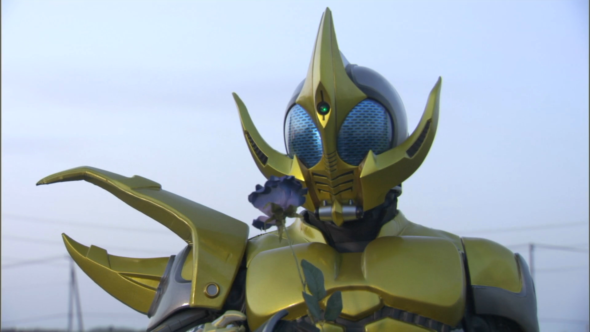 http://vignette3.wikia.nocookie.net/kamenrider/images/6/62/Caucacus_in_Episode_Yellow.png/revision/latest?cb=20140419084456