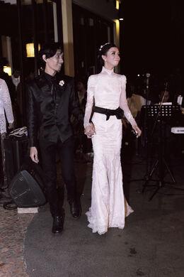 Founder Kartenz, Akbar de Wighar & Chika Riznia Wedding at Lake Jakarta 15 June 2015 8 45 PM