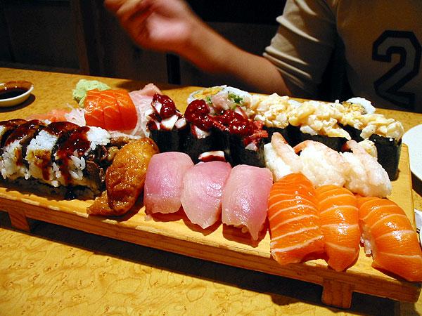 File:Sushi4.jpg