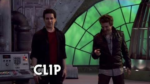 Donald vs Douglas (Lab Rats - Bionic Showdown) 2 2
