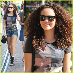 File:Madison-pettis-grove-shopping.jpg