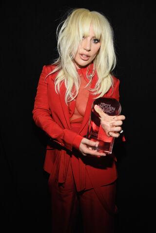 File:12-11-15 Backstage at Billboard WIM in NYC 003.jpg