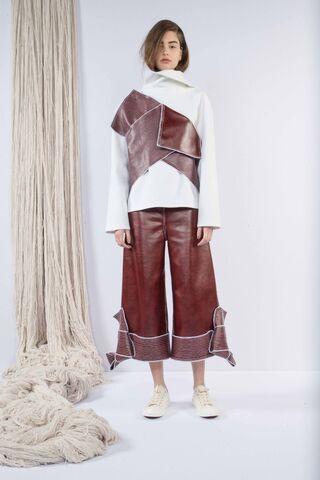 File:Claudia Li - Fall-Winter 2016 Collection.jpg