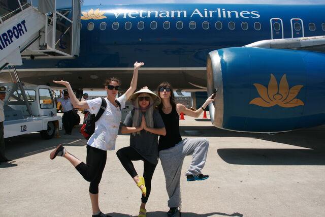 File:7-14-08 Vietnam Airport 001.jpg