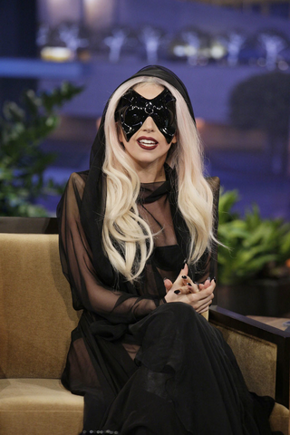 File:Jay Leno 2011 09.png