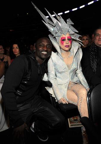 File:1-31-10 Grammy Awards Hall 001.jpg