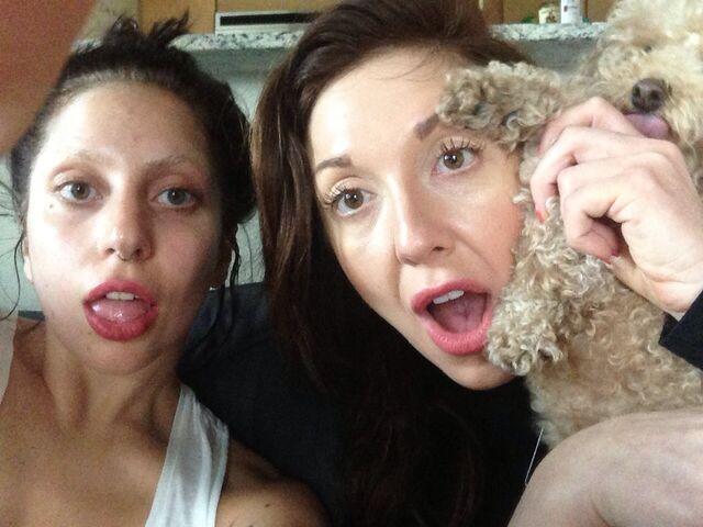 File:3-00-13 Gaga and Tara Savelo 001.jpg