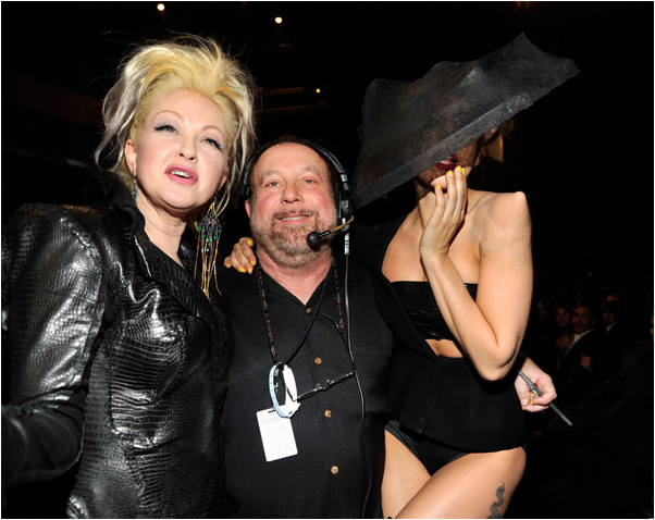 File:Backstage at the 2011 Grammys 005.png