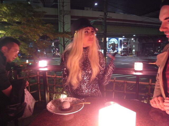 File:4-17-10 Restaurant 001.jpg