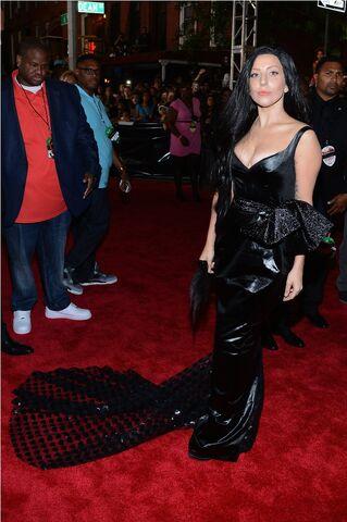 File:8-25-13 MTV VMA's Arrival 006.jpg