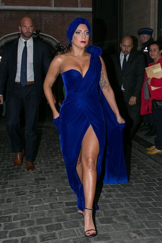 File:9-22-14 Arriving at Brussels Town Hall 001.jpg