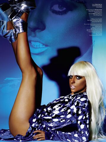 File:V magazine 61 171.jpg