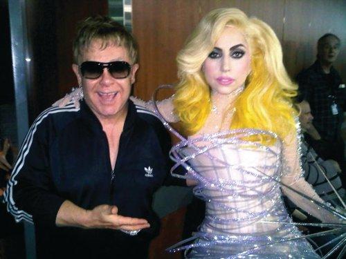 File:1-31-10 Grammy Awards 2010 backstage.jpg