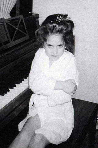 File:Young Gaga at Piano.png