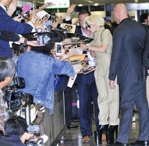 File:11-26-13 Arriving in Tokyo 004.jpg