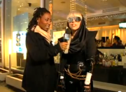 File:5-19-08 NewNowNext Awards Interview 002.png