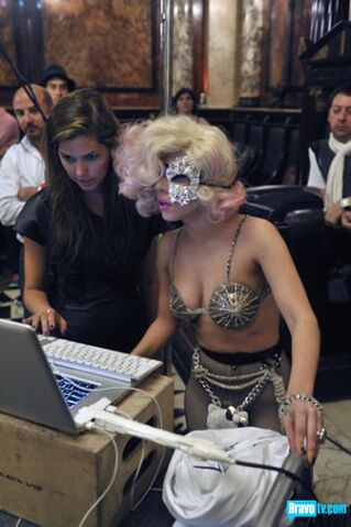 File:No One Can Work Like This 016.jpg