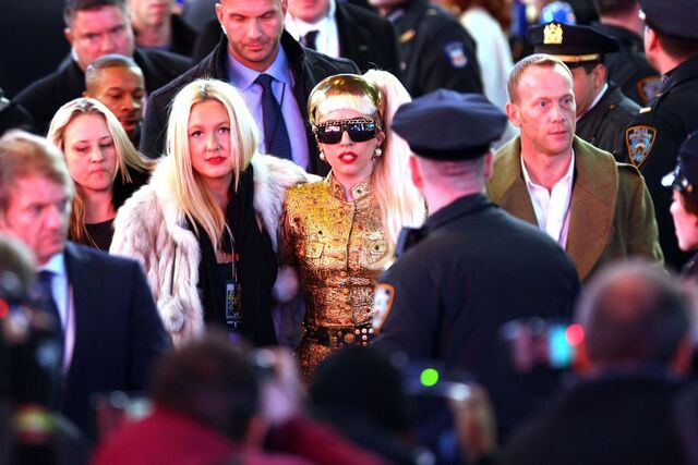 File:12-31-11 Arriving at New Year's Eve Ball Drop in Times Square 001.jpg