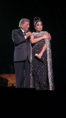 File:4-10-15 Cheek to Cheek Tour 002.jpg