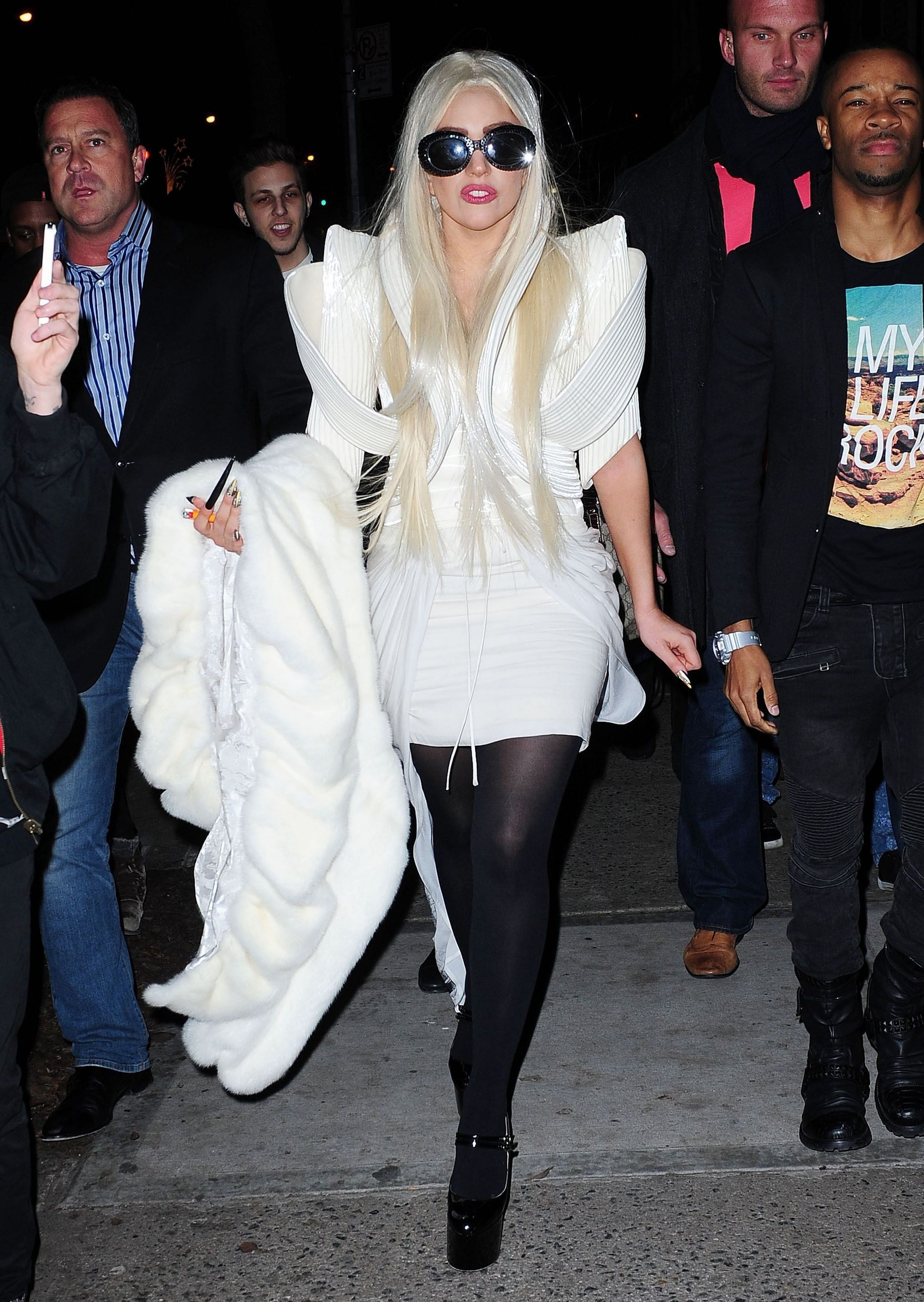 File:12-14-12 Out in New York after rehearsals 001.jpg