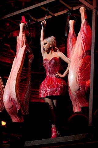 File:Lady-gaga-meat-dress.jpg