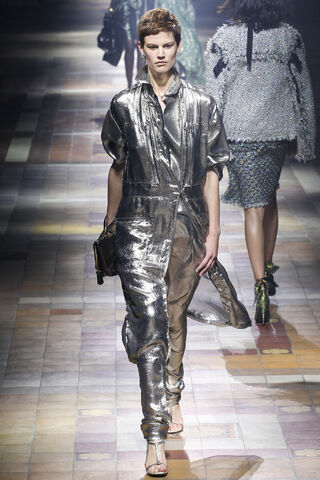 File:Lanvin - Spring 2014 RTW Collection.JPG