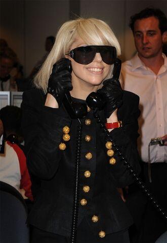 File:Gagaphone1.jpg