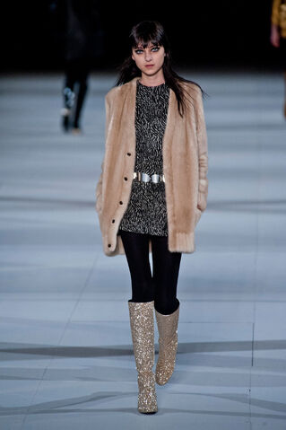 File:Saint Laurent - Fall 2014 RTW Collection 002.jpg