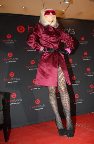 File:9-9-09 Virgin Megastore Paris.jpg